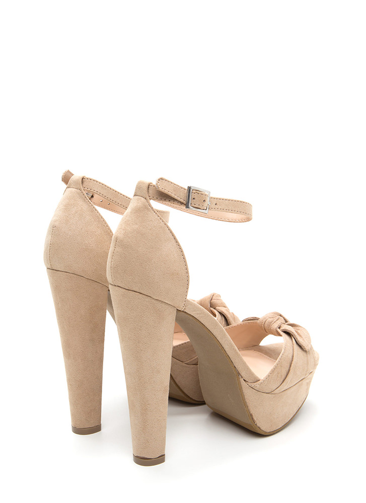 Bow Anywhere Chunky Faux Suede Heels NATURAL