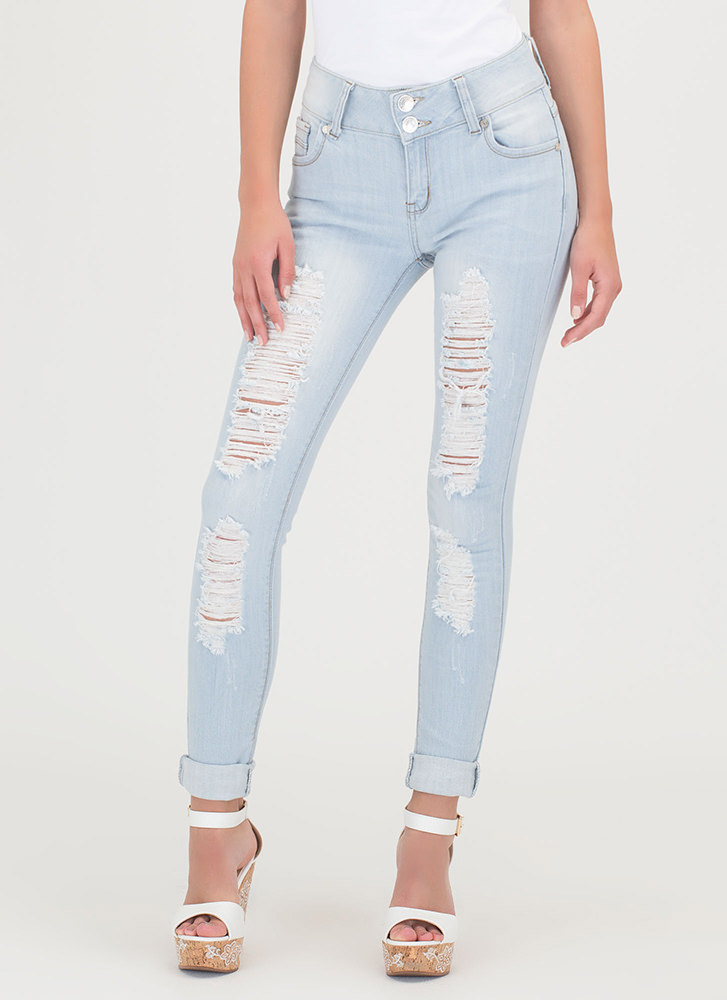 Everyday Perfection Distressed Jeans LTBLUE