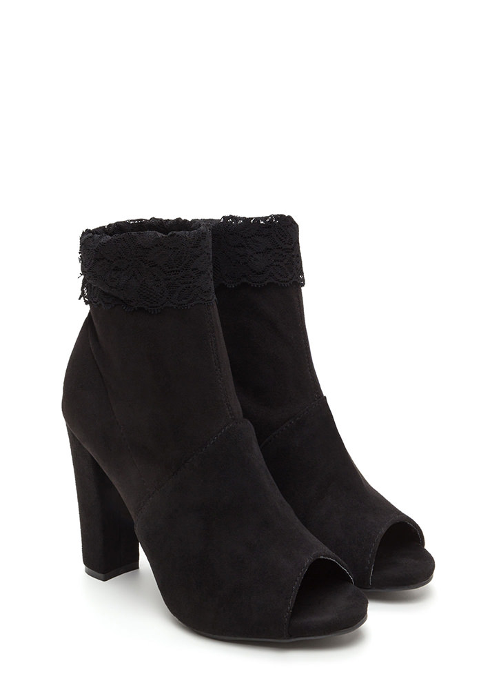 Lace To The Finish Chunky Booties BLACK