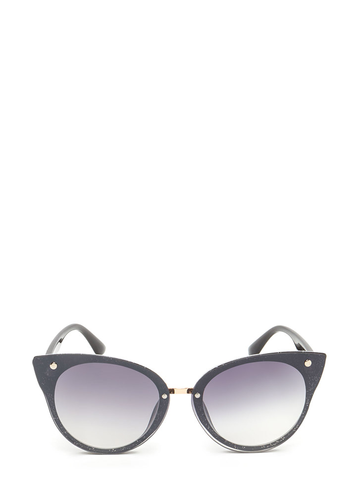 Behind These Cat Eye Sunglasses BLACKGLITTER