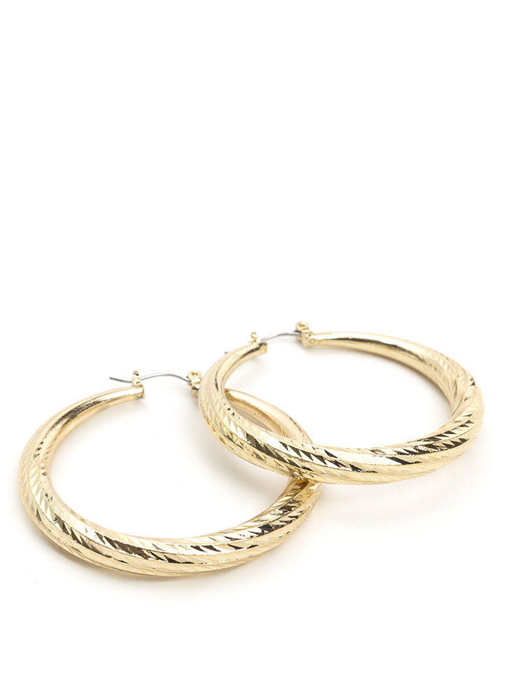 Do The Twist Textured Hoop Earrings GOLD