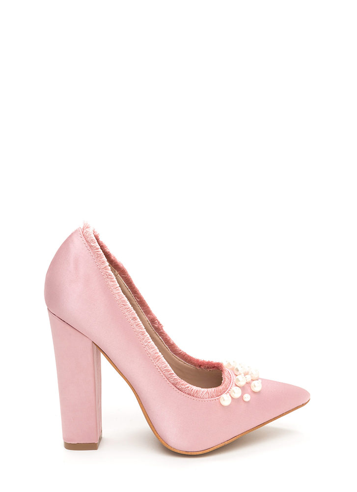 Point To Pearls Chunky Fringed Pumps BLUSH