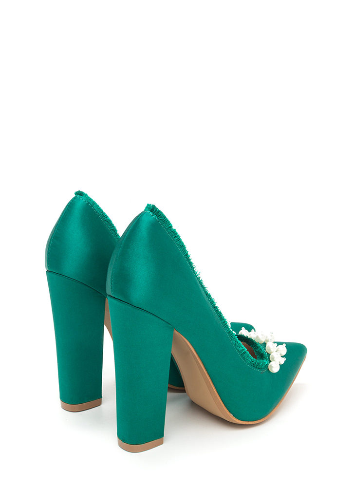 Point To Pearls Chunky Fringed Pumps EMERALD