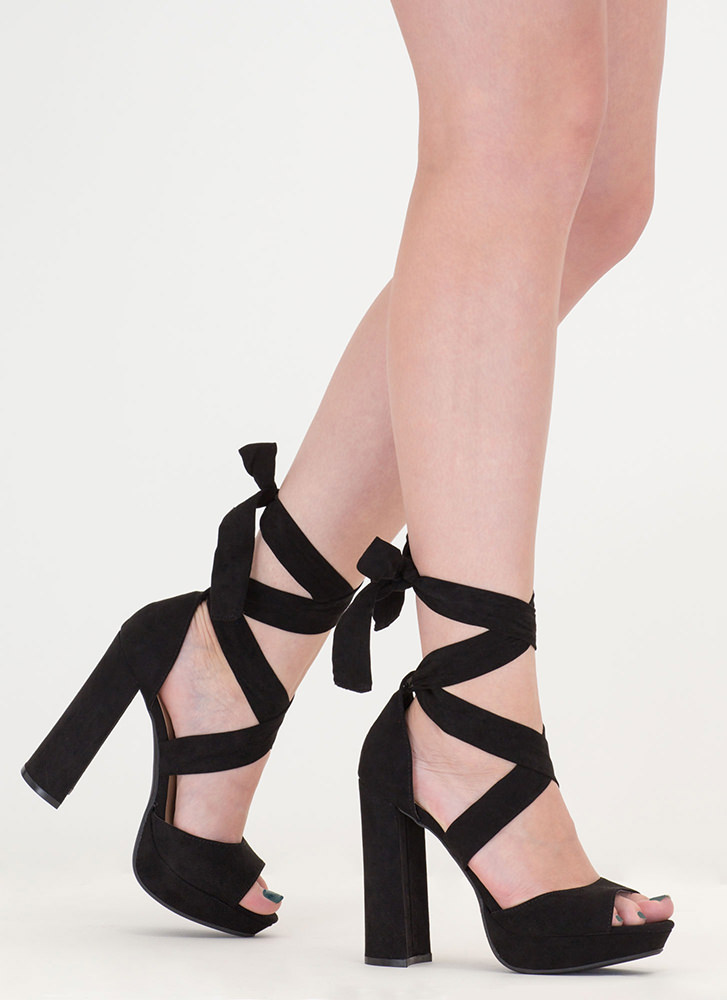 Chic Outcome Chunky Lace-Up Heels BLACK